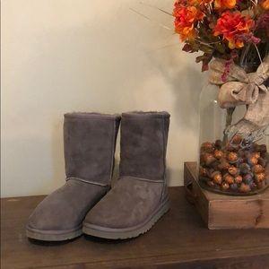 Lightly Worn Gray Ugg Boots